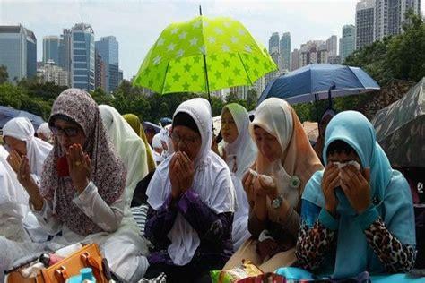 Pendidikan Pasca Konflik satu harapan muslim uighur rayakan idul fitri dengan