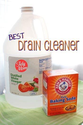 unclog kitchen sink vinegar baking soda 25 best ideas about unclog sink on unclogging