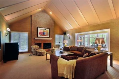 Raising The Ceiling by When To Raise The Roof In Home Remodeling City Renovations
