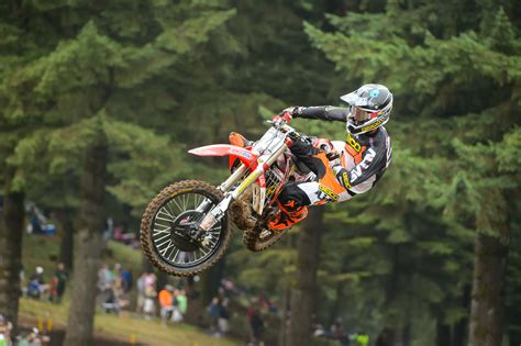 motocross races in 100 extreme motocross racing motorbike extreme