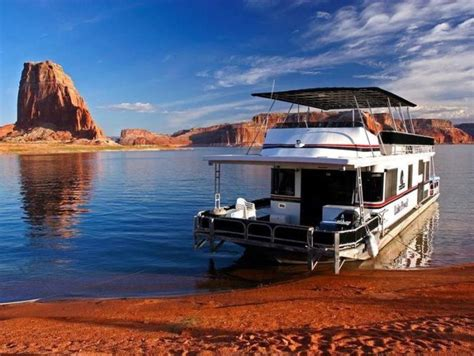 houseboat utah lake powell utah is the perfect place for a houseboat