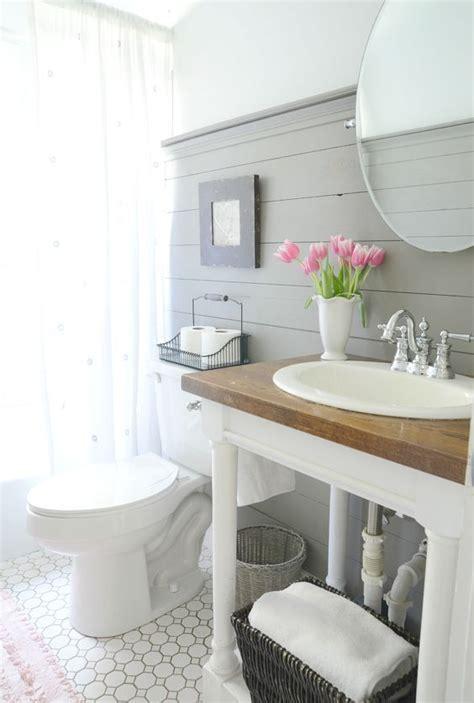 Farmhouse Bathroom Ideas 25 best ideas about modern farmhouse bathroom on