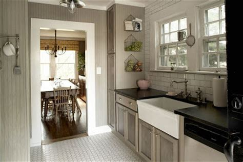 house beautiful ocean inspired kitchen urban grace eye candy mmmm yummy our suburban cottage