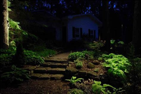 Moonlighting Landscape Lighting How To Use Landscape Lighting Techniques Volt Lighting
