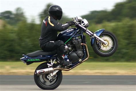 budget motorcycle top 10 budget wheelie bikes visordown