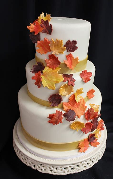 Fall Wedding Cakes by Beautiful Bridal Favorite Fall Wedding Cakes