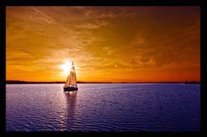 gambar pemandangan laut  senja gambar pemandangan