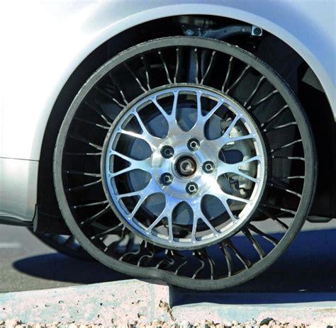 Auto Reifen by Warum Gibt Es Eigentlich Keine Bunten Autoreifen Welt