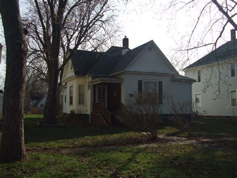 houses for sale in paxton il paxton illinois reo homes foreclosures in paxton illinois search for reo