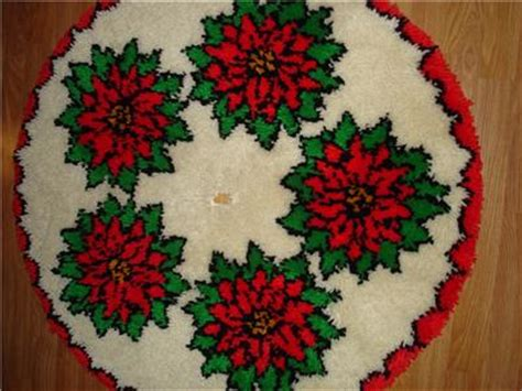 latch hook christmas tree skirt kits vtg poinsettia tree skirt hooked latch hook completed bucilla kit ebay