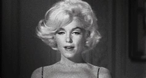marilyn monroe hair flip gif   find amp share on giphy