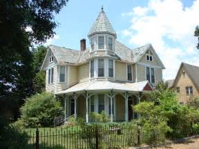 House Styles With Pictures by Victorian Style Home