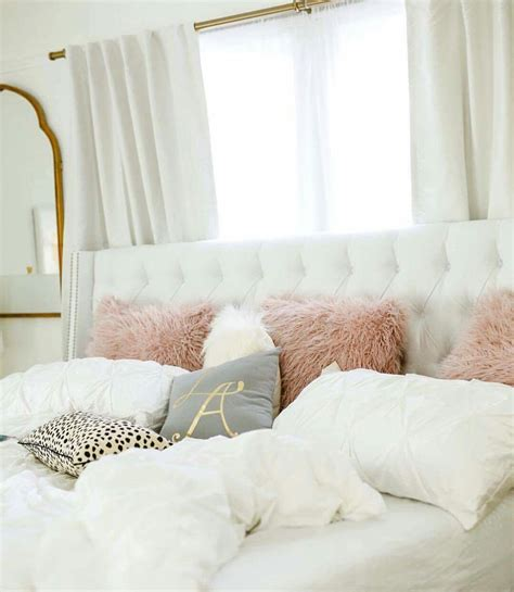Gold Bedroom Ls by White Light Grey Mauve Gold And Animal Print Bedroom