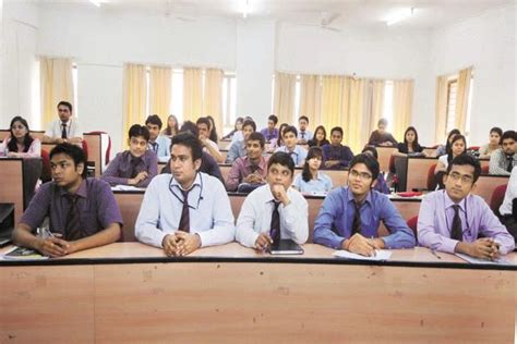 Mba Courses Abroad by Visa Worries Indian Students Look Beyond Us Uk For B