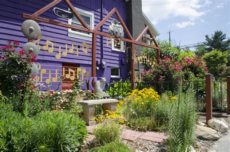 Garden Asheville Nc Garden Strolls Build Up The Neighborhood Mountain Xpress