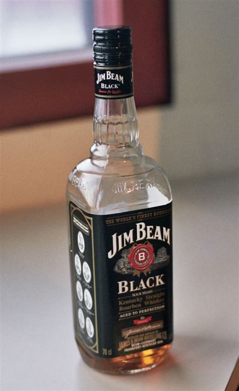 Botol Jim Beam file bottle of jim beam black in oulu jan2009 jpg wikimedia commons