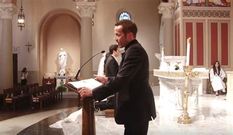 5 Best Traditional Roman Catholic Wedding Vows   TFM