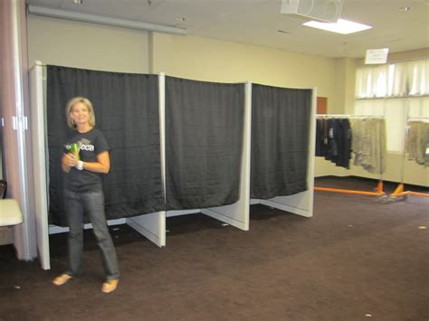 do it yourself diy sports changing rooms decorating a child s life cca springs into action with