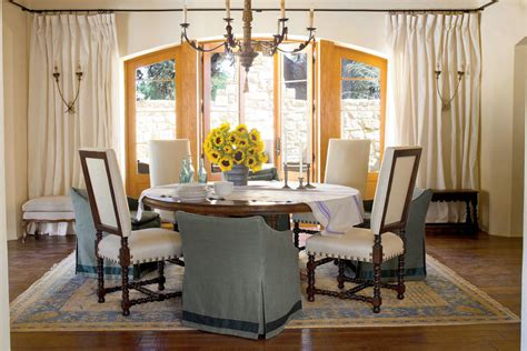 Southern Dining Rooms create a casual look stylish dining room decorating