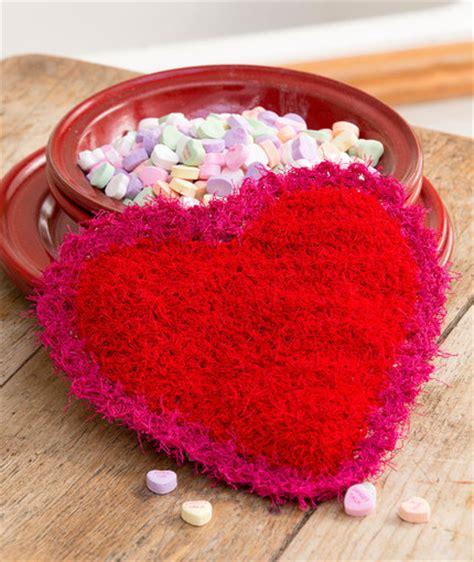 swirl scrubby free crochet pattern in red heart yarns valentine scrubby red heart