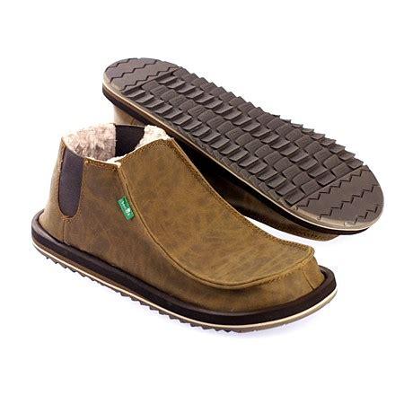 sanuk mens boots booniez sanuk outlaw log roller boot s