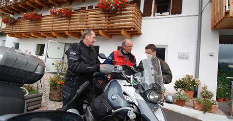 Versicherung Motorrad S Dtirol by Motorradhotel Dolomiten Welschnofen Karersee Motorrad