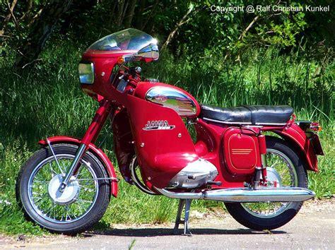 Jawa Motorrad Forum by Jawa 350 Tourer East Bloc Motorcycles Are Timeless