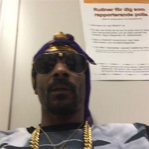 Snoop Dogg Held Overnight In Sweden by Snoop Dogg Detained In Sweden Suspicions Of Use