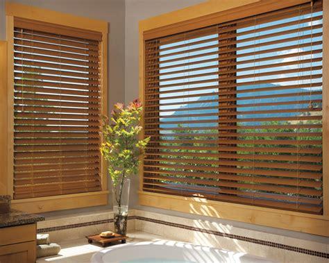 wood window coverings decorar con persianas de madera