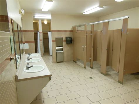 rest rooms picture gallery bridge rv park cground