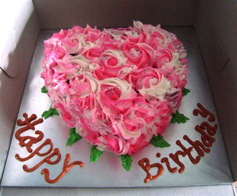 Images Of Birthday Cakes With Roses   Share Online