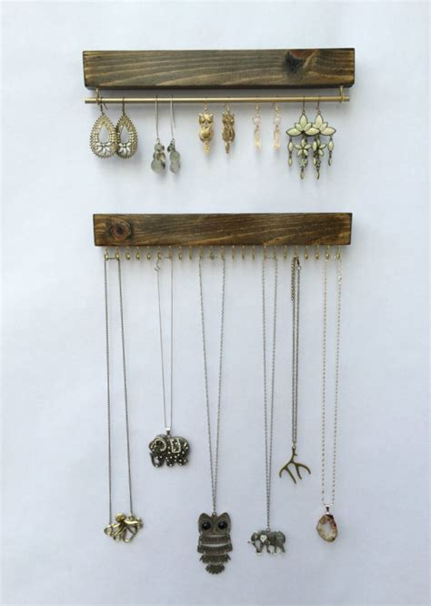 Handmade Jewelry Holder - 17 simple but awesome handmade jewelry organizer ideas you