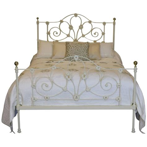 cast iron beds mid victorian cast iron bed at 1stdibs