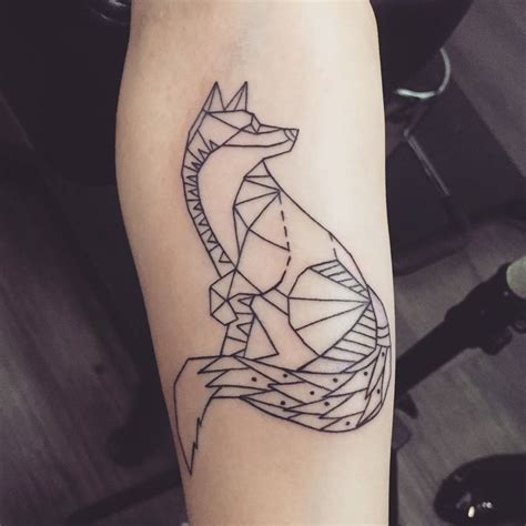 geometric tattoo tumblr 1000 ideas about geometric fox on geometric