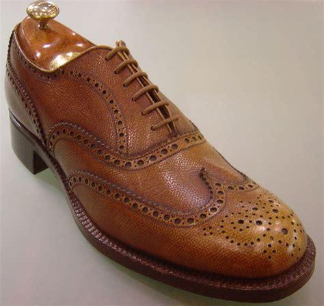 brogue shoes gentleman brogues vs wingtips