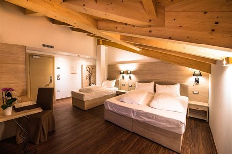 golden park resort pozza di fassa informationen und