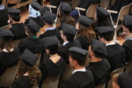 test ingresso giurisprudenza 2014 universit 224 nuovo test ingresso cronaca ansa it