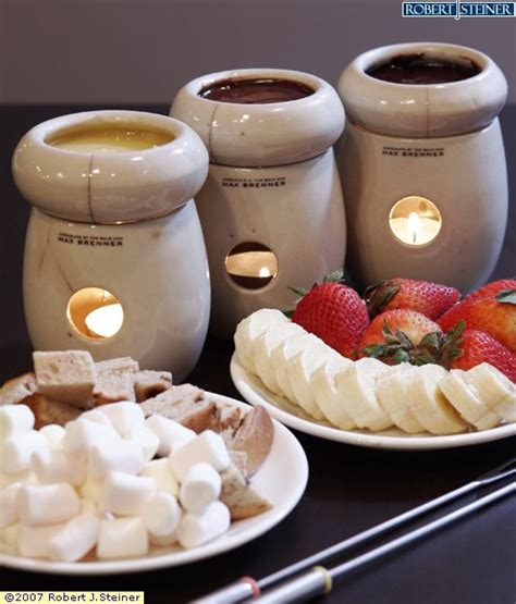warm chocolate fondue small by max brenner