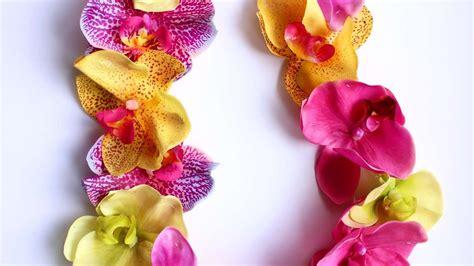 collana fiori hawaiana crea una collana floreale hawaiana fai da te style