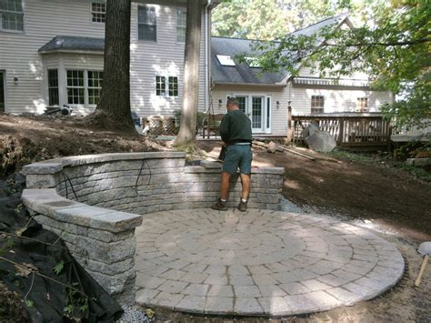 Diy Patio With Pavers Do It Yourself Paver Patio Installation A Idea Tomlinson Bomberger