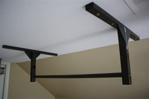 pull up bar ceiling pull up bar ceiling or wall mounted chin up bar