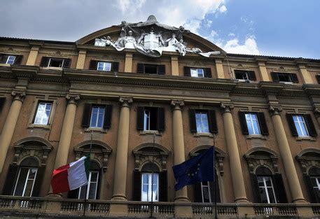 Ministero Della Salute Sede Legale by Quot Talpa Quot Al Mef Pm Consulente Intascava Due