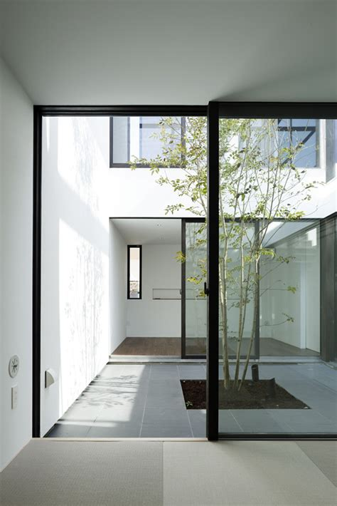 house patio gallery of patio house apollo architects associates 2