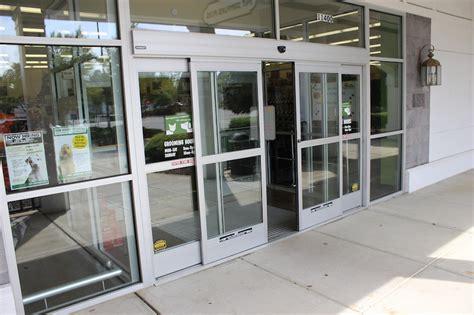 automatic door automatic glass doors handicap assist operators glenn glass inc