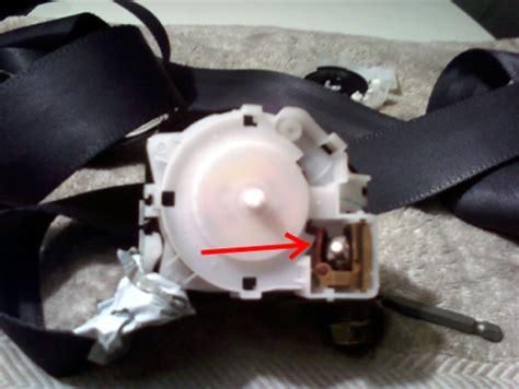 jeep seat belts stuck seat belt stuck g35driver infiniti g35 g37 forum