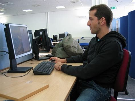 stand up desk benefits students study says