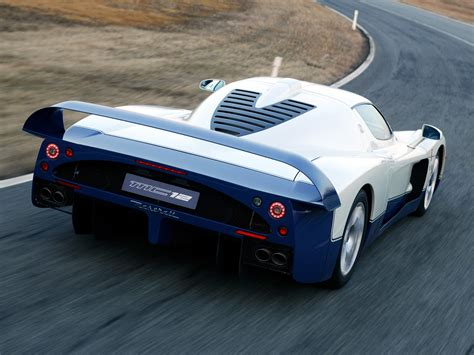 maserati mc12 engine maserati mc12 technical specifications and fuel economy