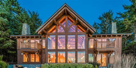 tofino house tofino house on chesterman oozes west coast style