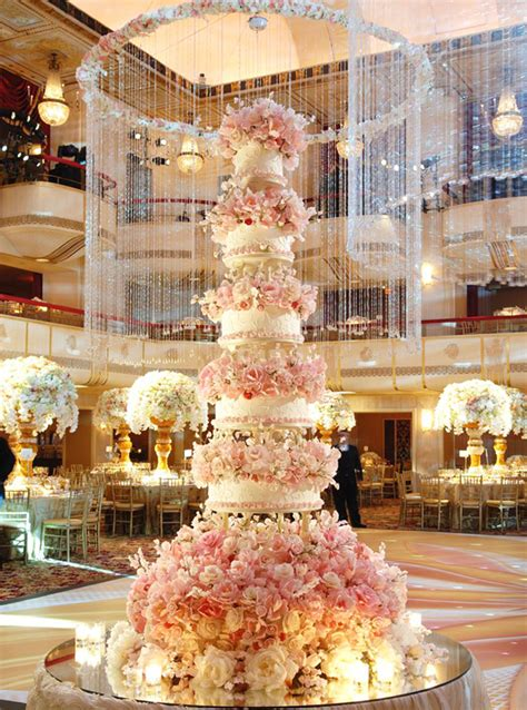 Home Sweet Home Decoration by Sylvia Weinstock S Wow Worthy Wedding Cakes Instyle Com