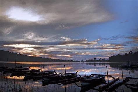 aquascape komang denpasar city bali bali bedugul lake bratan danau beratan with image
